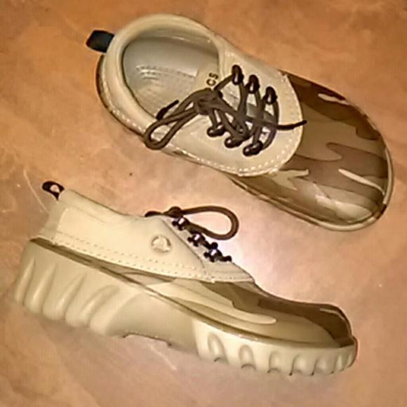 549e0d73e7145 CROCS Shoes | Croc Axel Khaki Camo Desert Lace Sz8m 10w | Poshmark